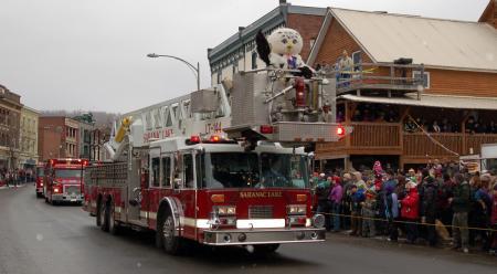 Sara the Snowy Owl parade